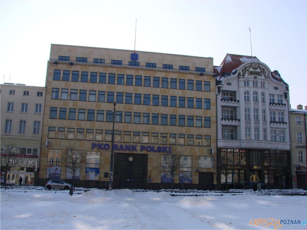 Wybudowany w 1937 roku budynek w stylu wczesnego modernizmu  Foto: