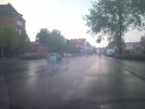 Zalane deszczem ulice miasta - 2010.05.22