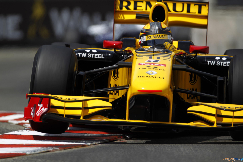 N-GINE RENAULT F1 TEAM SHOW  Foto: renault / Lorenzo Bellanca/LAT Photographic