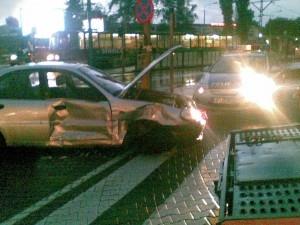 Wypadek na skrzyżowaniu ulic Baraniaka i Jana Pawła II Foto: lepszyPOZNAN.pl / Piotr Rychter
