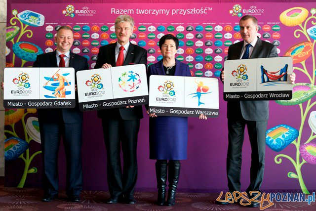 logotypy miast-gospodarzy Euro 2012 Foto: Ryszard Grobelny