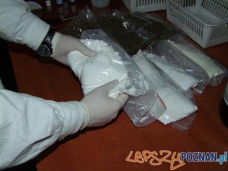 CBŚ rozbiło gang handlarzy narkotyków  Foto: KWP
