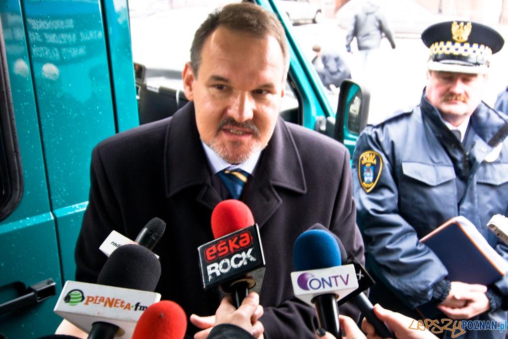 Parking dla autobusów turystycznych nie jest dla samochodów!  - Tomasz Kayser wiceprezydent Poznania  Foto: Piotr Rychter