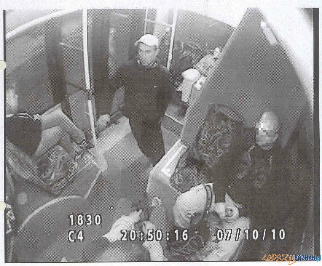 pobicie kontrolerów  Foto: KWP