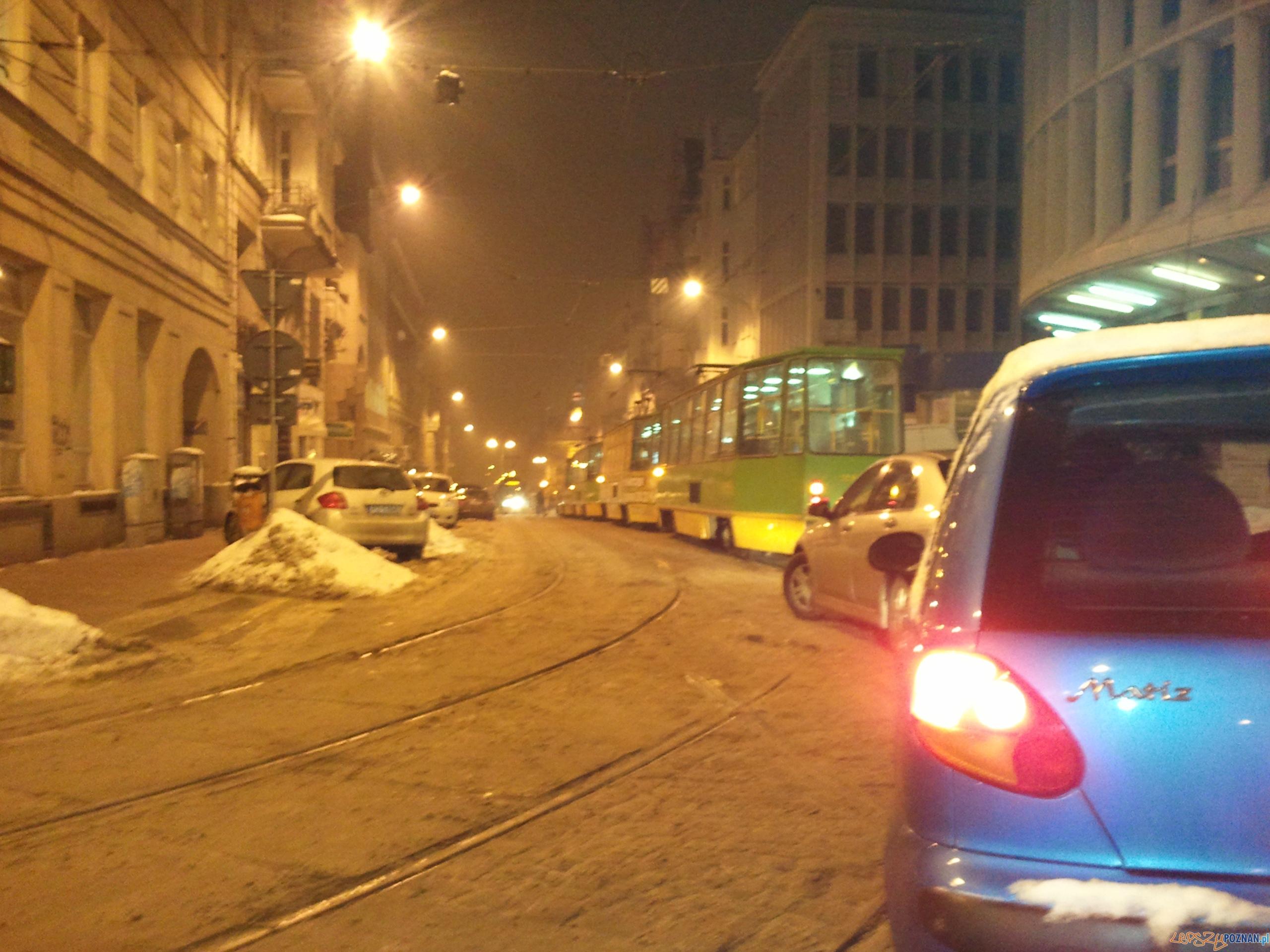 Zablokowane tramwaje na Mielżyńskiego   Foto: gsm