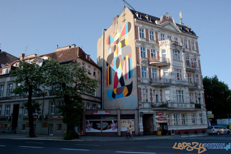Outer Spaces - Poznańskie murale - 22.05.2011 r.  Foto: LepszyPOZNAN.pl / Paweł Rychter