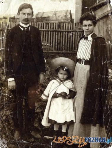 dr Edward Lubicz Niezabitowski z rodziną Foto: http://www.album.nowytarg.pl