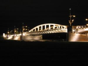 Iluminacja mostu Świętego Rocha Foto: ZDM Poznań