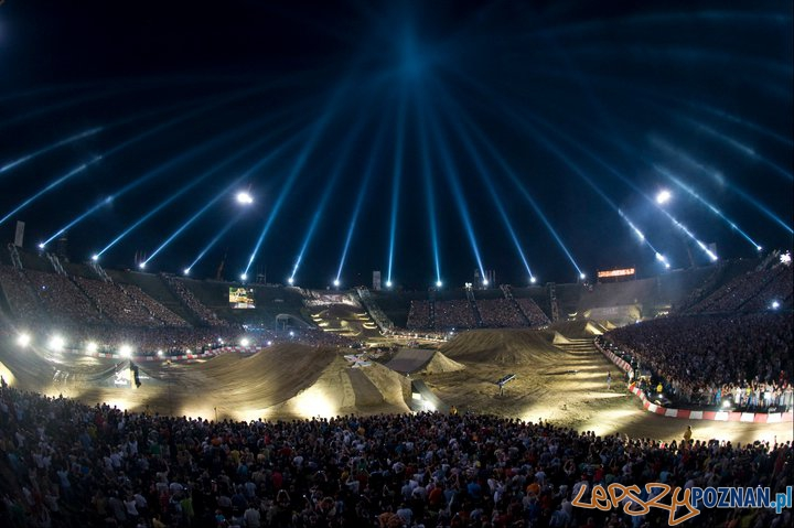 Red Bull X-Fighters  Foto: Red Bull X-Fighters