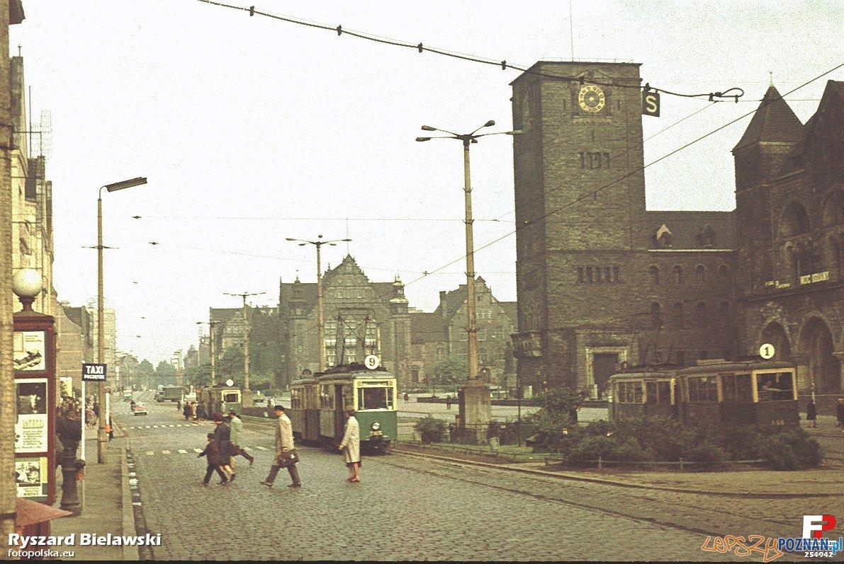 Tramwaje na Św. Macinie, koniec lat 60-tych Foto: fotopolska.eu