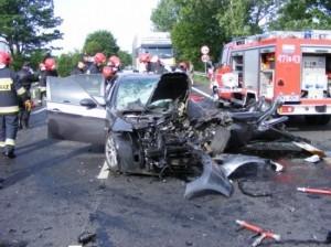 Śmiertelny wypadek na drodze krajowej nr 2 - 22.06.2011 Foto: KW PSP w Poznaniu