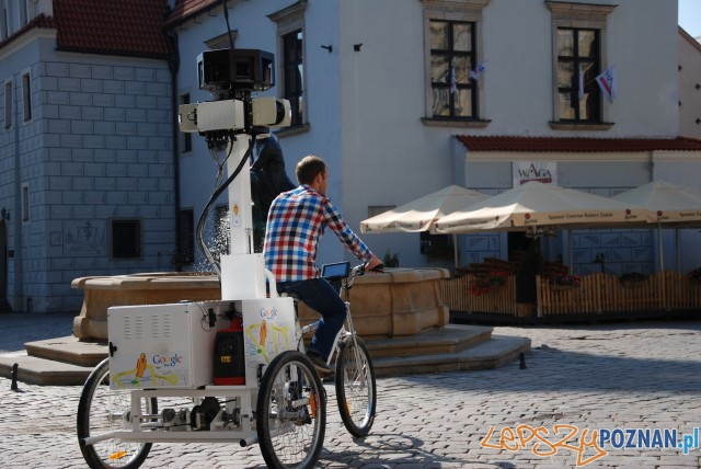 Google fotografuje Stary Rynek  Foto: FotoPortal.poznan.pl