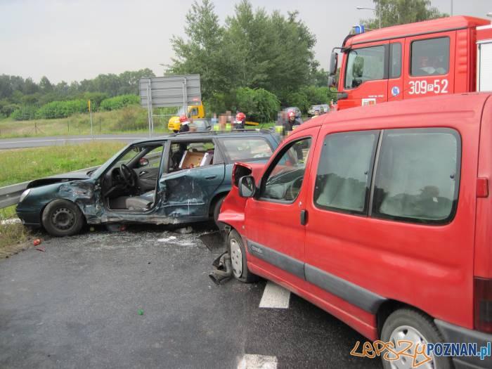 Wypadek na Średzkiej w Kórniku  Foto: KM PSP w Poznaniu