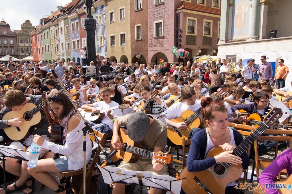 Happening Gitarowy - Stary Rynek 28.08.2011 r.