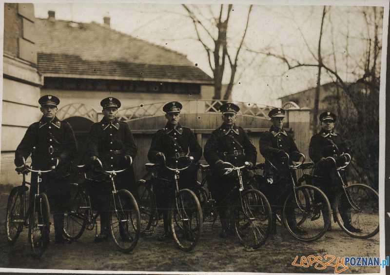 Policjanci z Nowego Tomyśla - 1925 rok Foto: Komenda Powiatowa Policji w Nowym Tomyślu