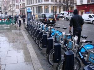 Wypożyczalnia rowerów w Londynie Foto: lepszyPOZNAN.pl / ag