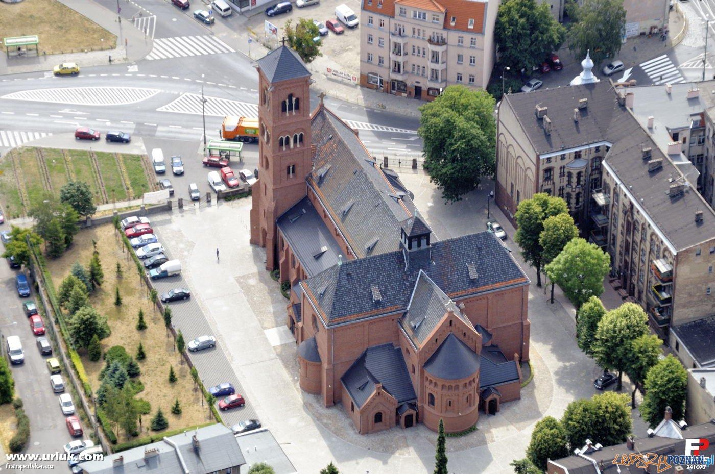 Kościół Św. Floriana na Jeżycach Foto: fotopolska.eu