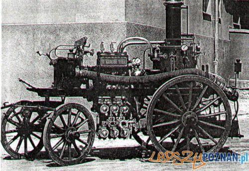 Sikawka o napędzie parowym na podwoziu do zaprzęgu konnego, typ jaki poznańska straż otrzymała w 1890 r.