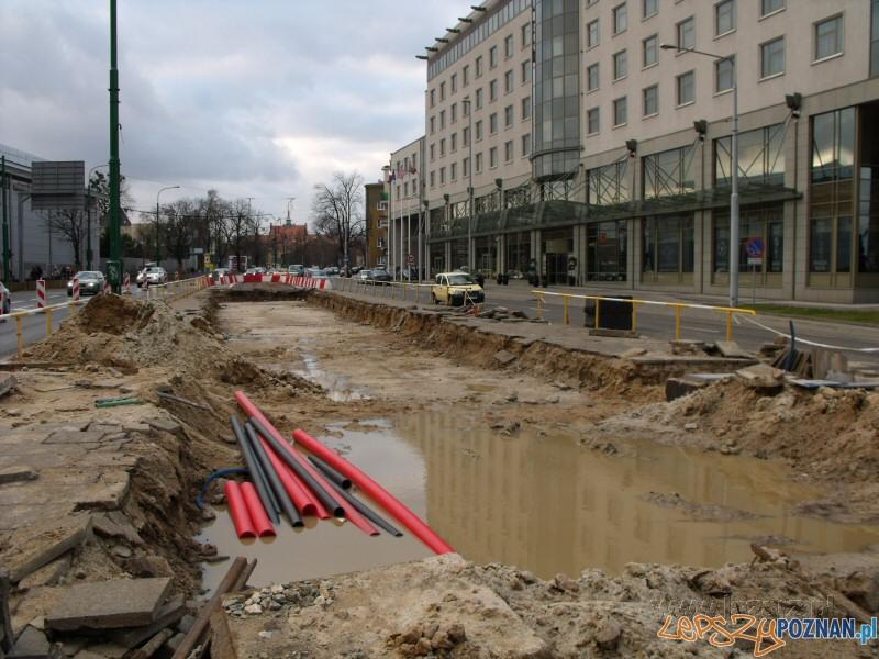 Wyburzono estakadę na Roosevelta, na Jeziorańskiego układane są tory  Foto: lazarz.pl