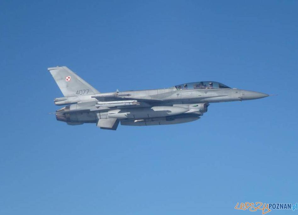 F-16 z Bazy w Krzesinach