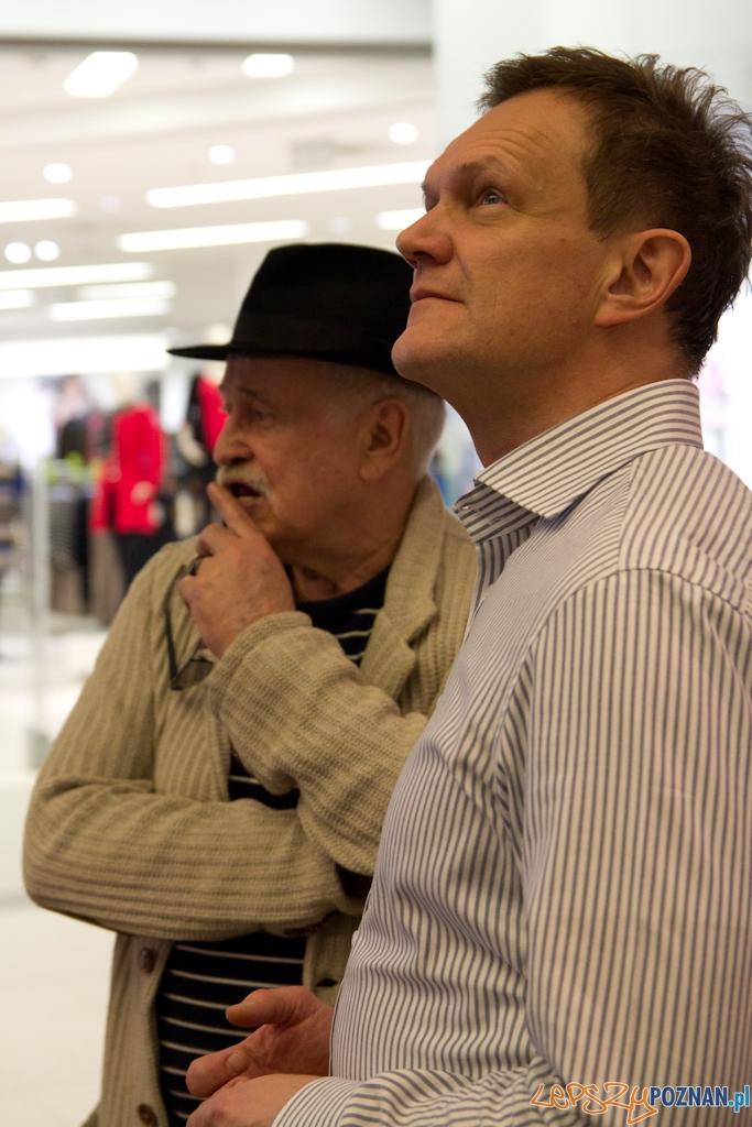 Przed premierą Sztos 2 - Jan Nowicki, Cezary Pazura  Foto: (c) Anna Bernard