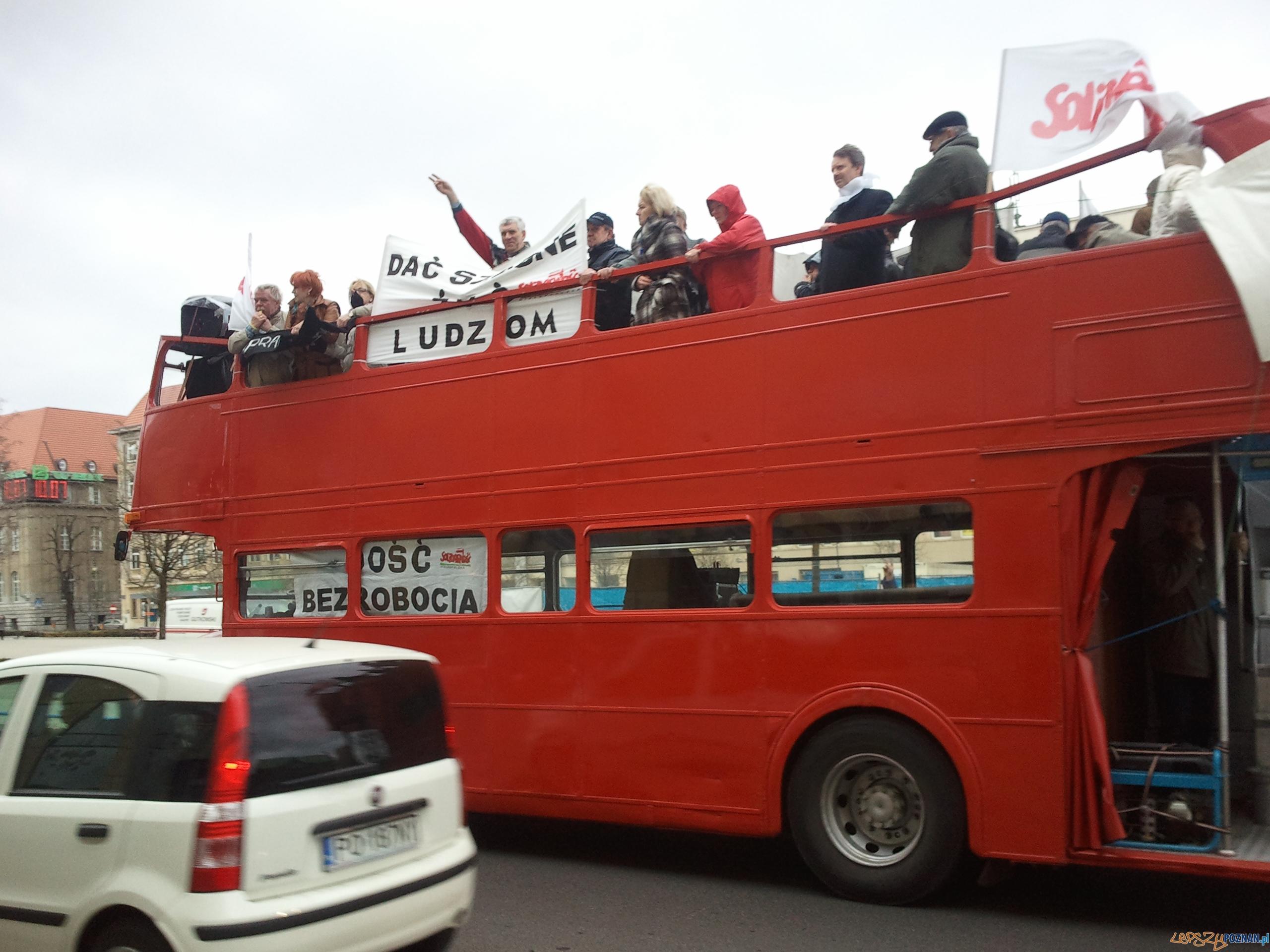 Protest w obronie pracowników ZNTK  Foto: lepszyPOZNAN.pl / gsm