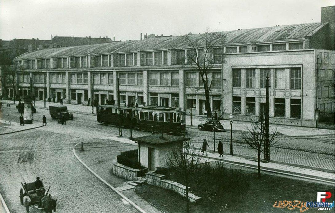 Tramwaj na Marszałka Focha (Głogowskiej) - 1945-50 Foto: fotopolska