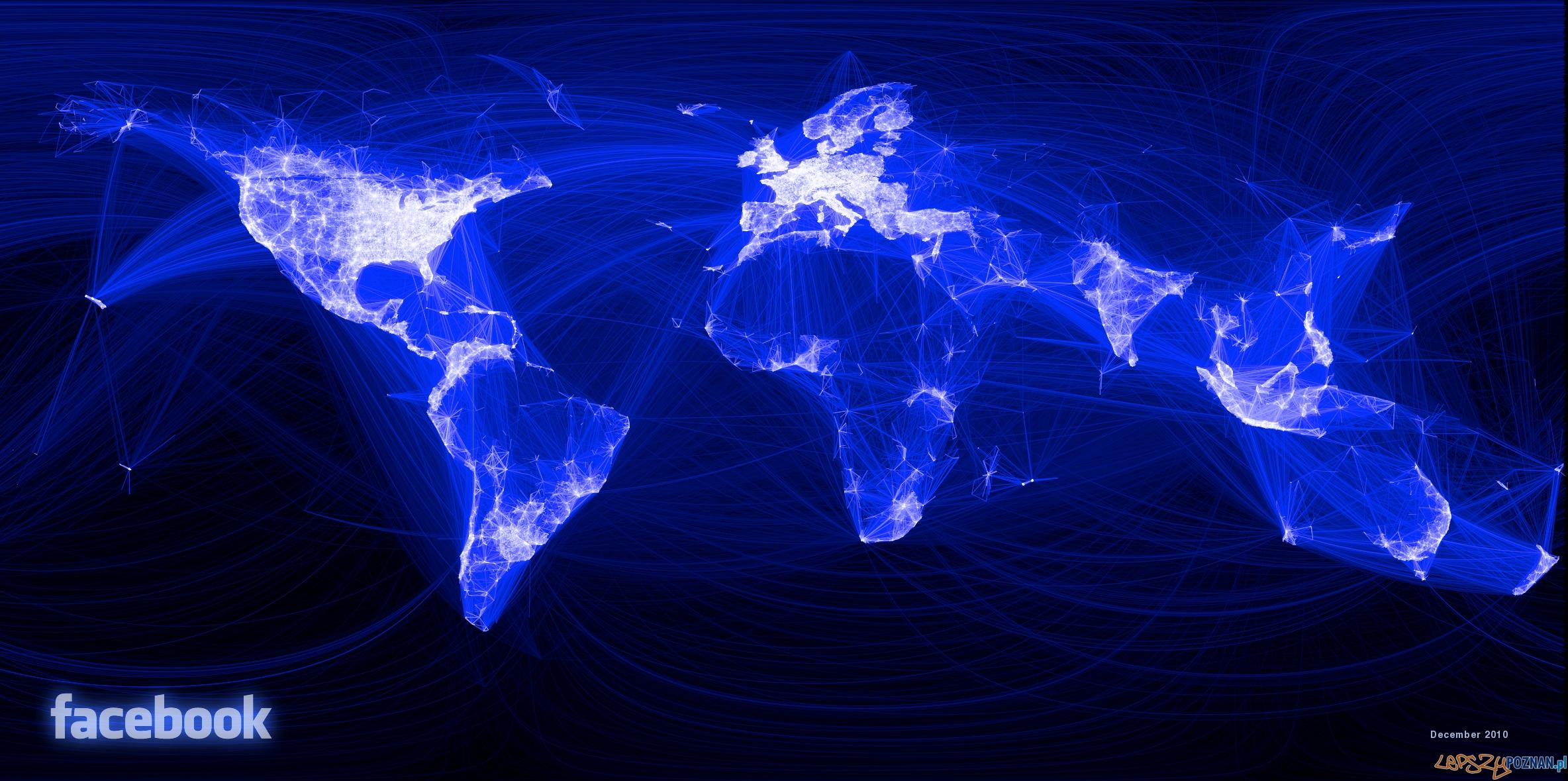 Mapa kontaktów na facebooku z grudnia 2012  Foto: facebook