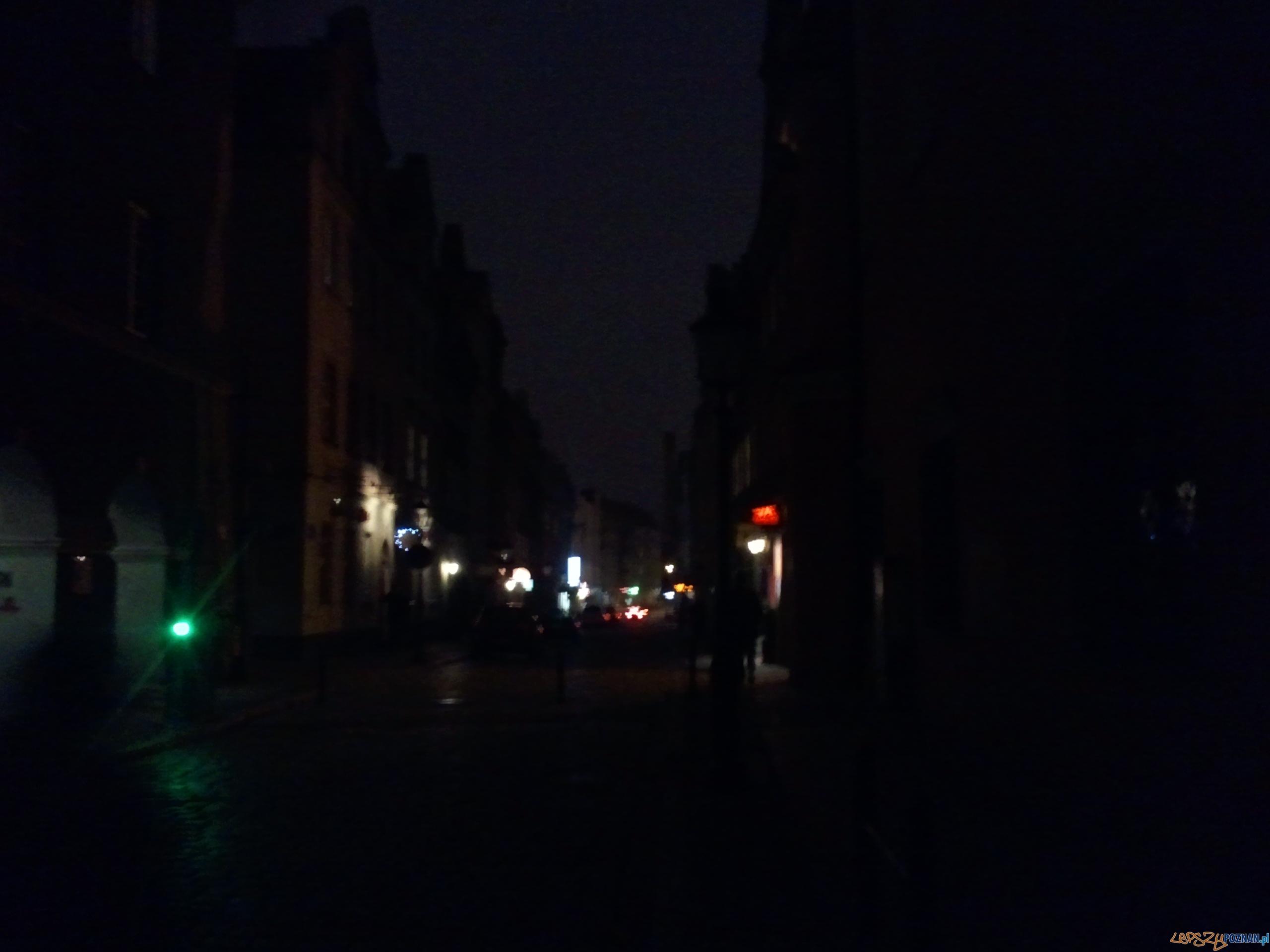 Ciemności na Starym Rynku i na pobliskich uliczkach  Foto: lepszyPOZNAN.pl / gsm