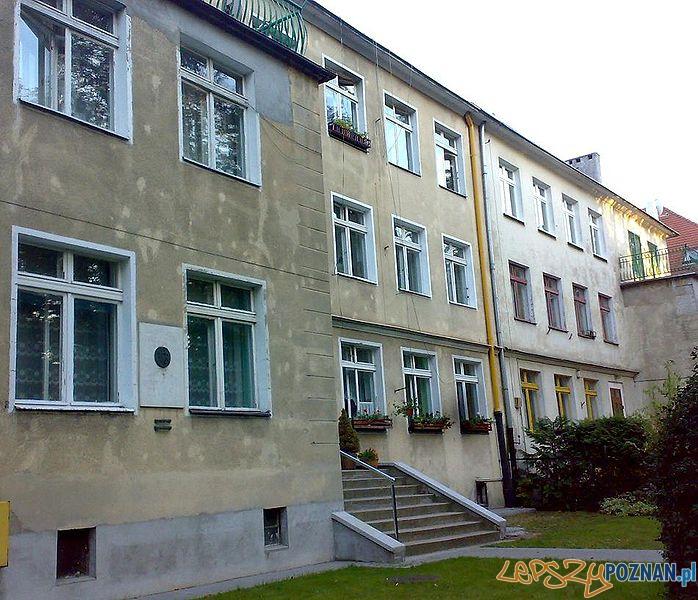 Dom Cyryla Ratajskiego w Poznaniu z tablicą pamiątkową - ul. Chopina Foto: wikipedia