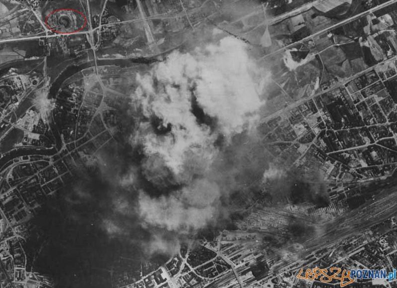 Zdjęcie z alianckiego bombardowania Poznania Foto: www.odkrywca.pl