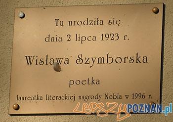 Tablica na Prowencie, na budynku w którym urodziła się poetka