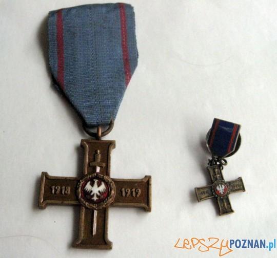 Wielkopolski Krzyż Powstańczy z miniaturką