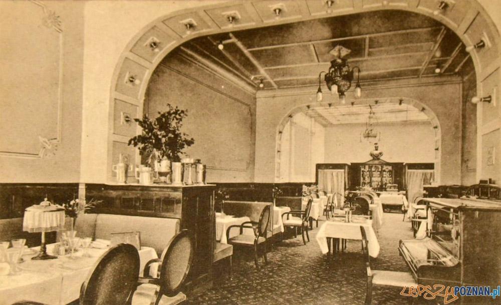 Wnętrze Hotelu Residenz (obecnie Lech), poczatek XX wieku Foto: fotopolska.eu