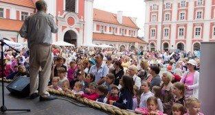 Warkocz Magdaleny - festyn przy poznańskiej Farze