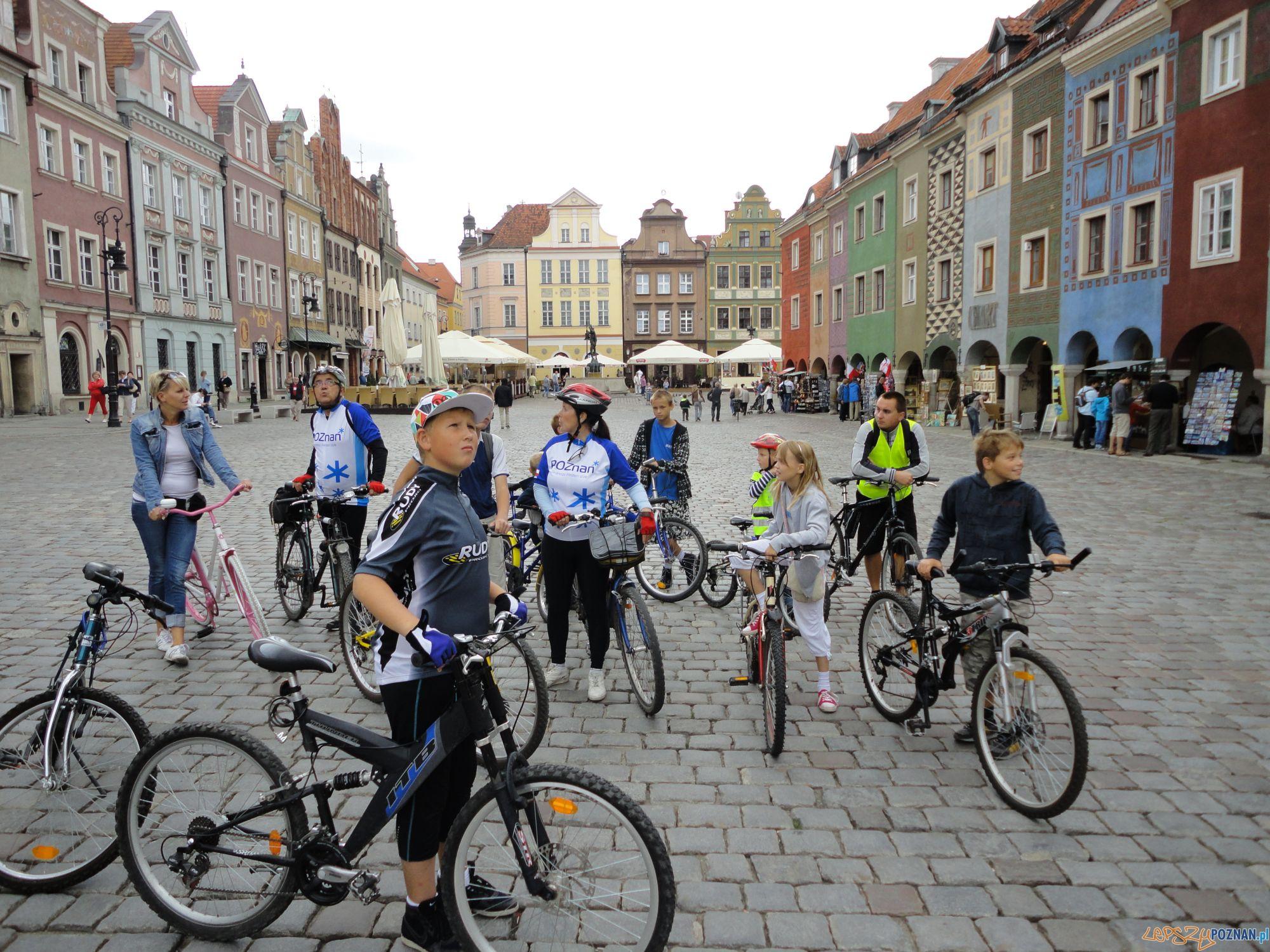 Rajd rowerowy na Starym Rynku  Foto: