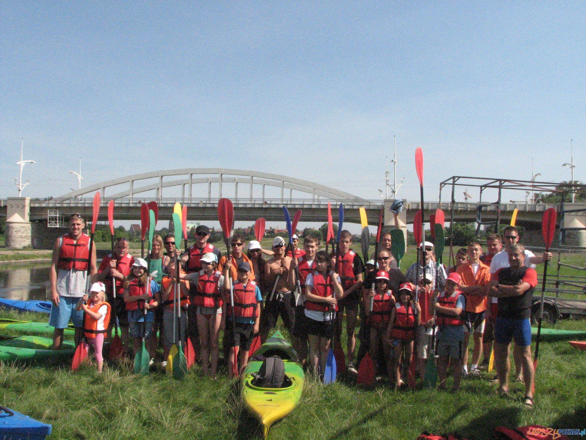 Uczestnicy spływu kajakowego  Foto: