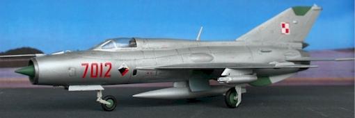 Model w skali 1-72 samolotu Mig-21 PFM w oznakowaniu 62 Pułku Lotnictwa Myśliwskiego z Poznania Foto: http://www.korabit.pl