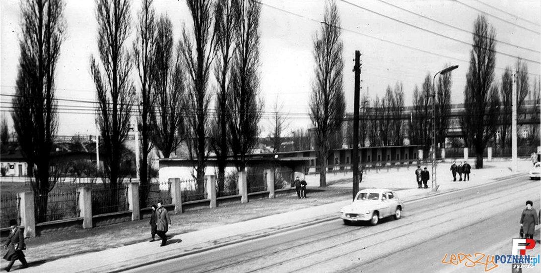 Stadion na Dębcu, lata 60-70 Foto: Cz. Czub, fotopolska.eu