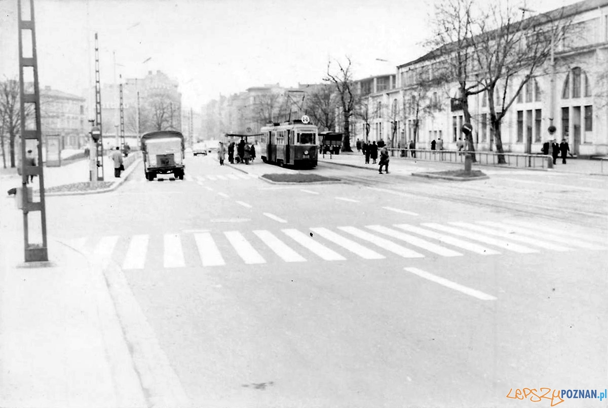 Głogowska lata 65-70 Foto: fotopolska.eu