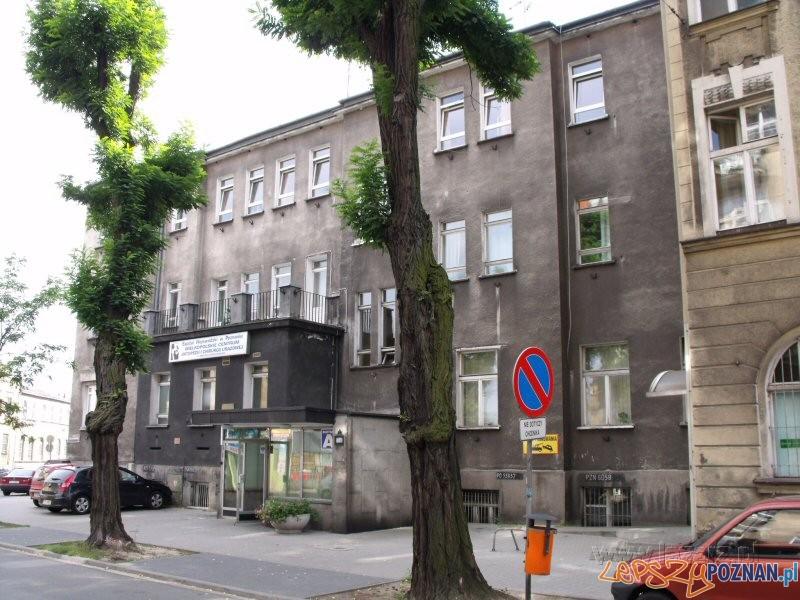 Szpital Ortopedyczny przy ulicy Gąsiorowskich Foto: lazarz.pl