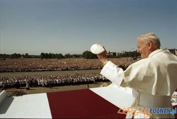 Papiez na Łegach Dębińskch w 1983 Foto: fotoportal.poznan.pl