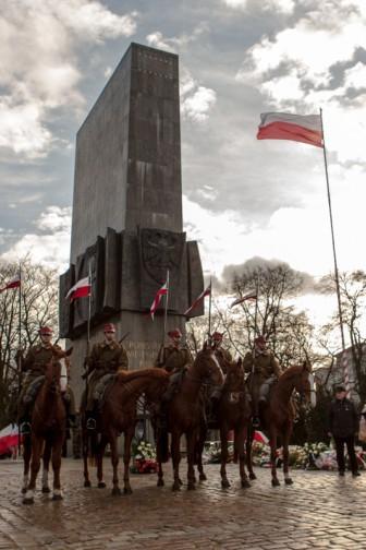 94. rocznica wybuchu Powstania Wielkopolskiego - uroczystości przed pomnikiem Powstańców Wielkopolskich