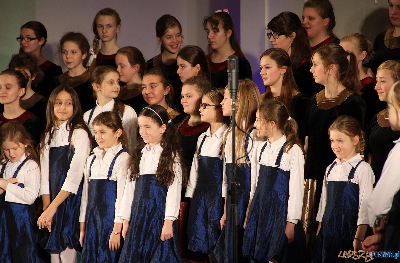 Chór Dziewczęcy SKOWRONKI  Foto: Chór Dziewczęcy SKOWRONKI