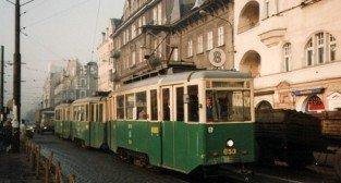 Tramwaj linii 8 typu N na Dąbrowskiego Foto: K. Mączkowski/ MPK