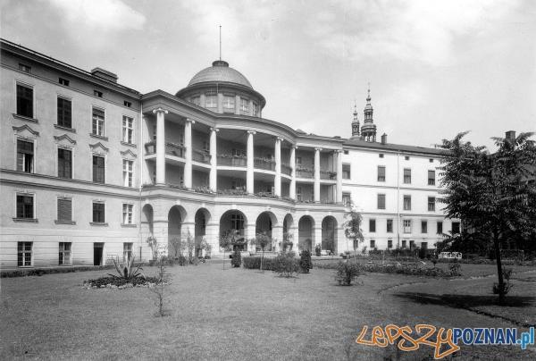 Szpital Przemienienia Pańskiego, lata międzywojenne XX w
