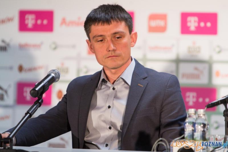 Konferencja Lecha Poznań - Mariusz Rumak  Foto: lepszyPOZNAN.pl / Piotr Rychter