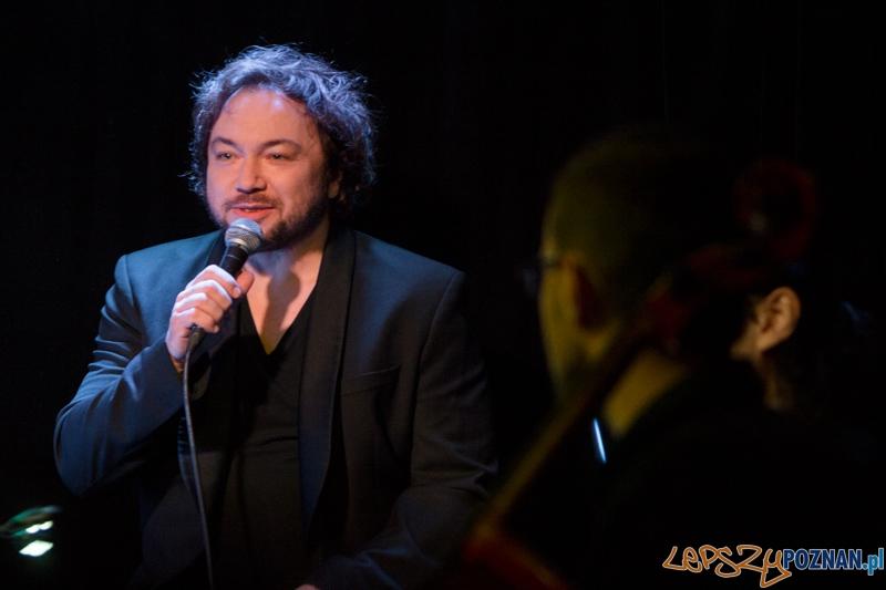 Mietek Szcześniak oraz Atom String Quartet - Blue Note - 12.05.2013 r.  Foto: lepszyPOZNAN.pl / Piotr Rychter