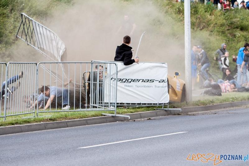 Wypadek na Gran Turismo Polonia 2013 - 30.06.2013 r.  Foto: LepszyPOZNAN.pl / Paweł Rychter