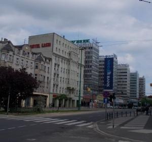 Ogromny baner na Św. Marcinie Foto: Paweł Sztando